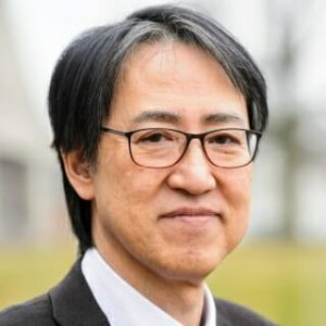 Yoshihiro Kawaoka headshot